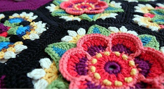 Frida's Flowers deken - Bestel uw garenpakket bij Cronelia.nl
